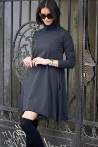 Sukienka grafitowa z golfem NU52