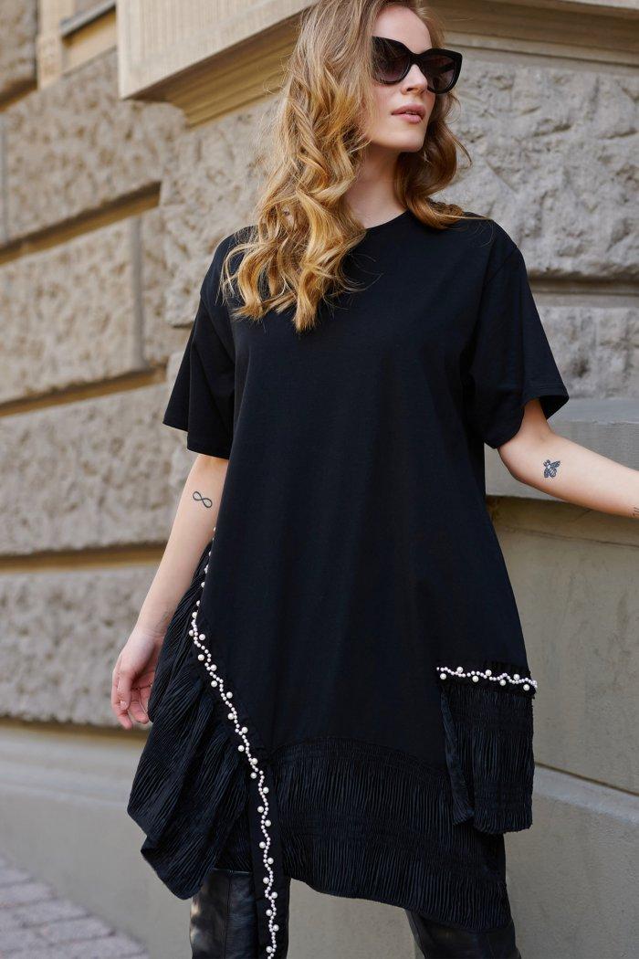 Czarna sukienka z perłową aplikacją L17