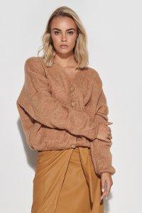 Sweter damski w serek z guzikami camelowy S110