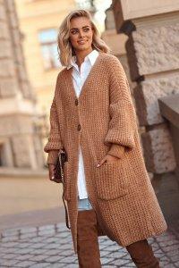 Sweter kardigan z kieszeniami i guzikami camel S101