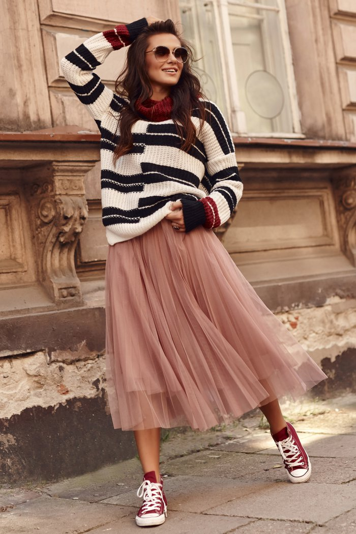 Plisowana tiulowa spódnica maxi różowa NU310