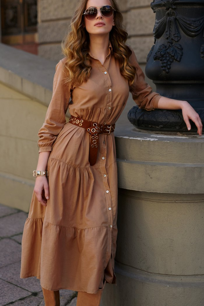 Sukienka koszulowa maxi z guzikami camelowa L18