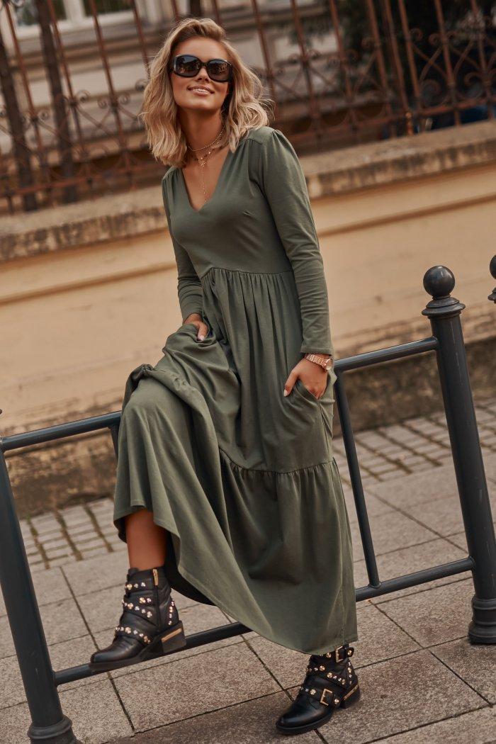 Sukienka maxi z dekoltem w serek khaki M570