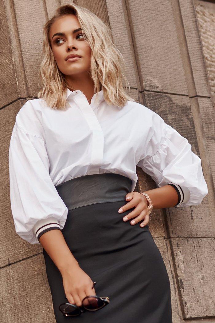 Koszula damska z rękawami bufkami biała M587