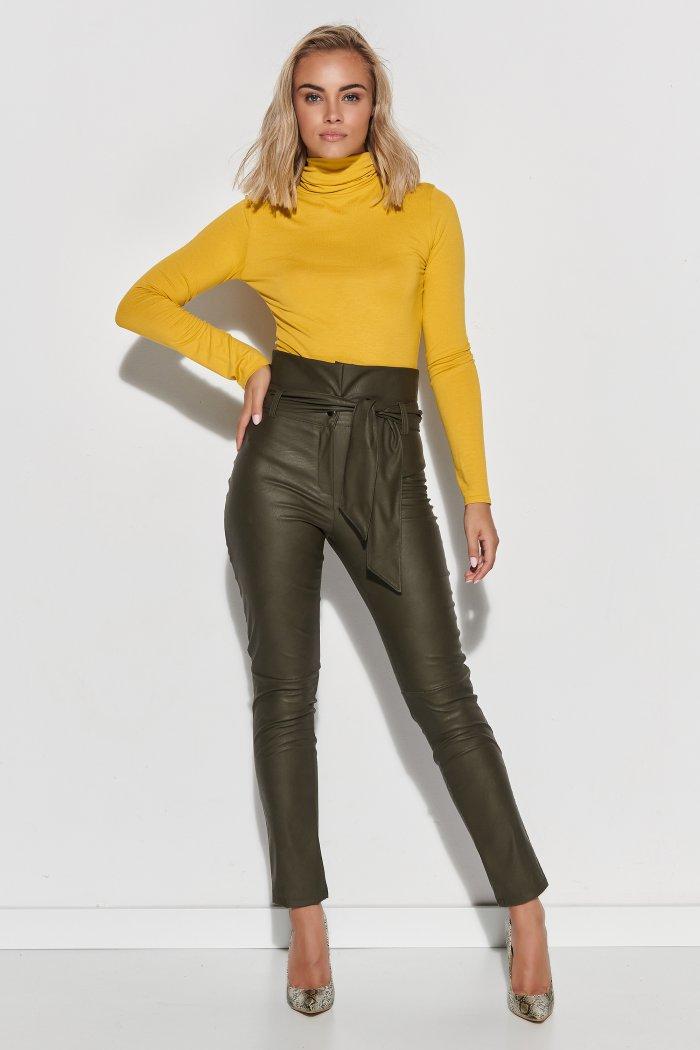 Skórzane spodnie damskie z wysokim stanem i paskiem khaki M616