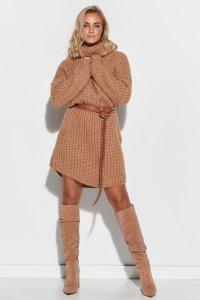 Wełniana sukienka mini z golfem camelowa S111