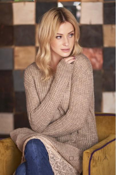 Sweter cappucino z koronką S55