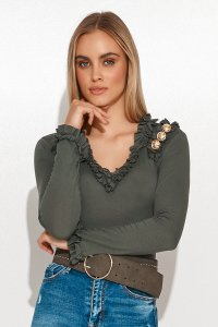 Elegancka bluzka damska z falbankami i złotymi guzikami khaki M702
