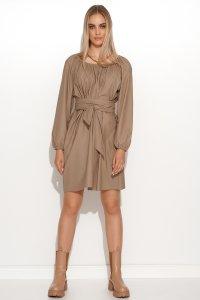 Skórzana sukienka mini z paskiem beżowa M699