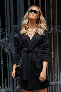 Moherowy sweter damski z wiązaniem czarny S124