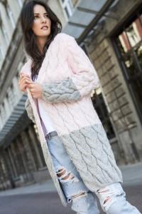 Sweter różowy z kapturem NU_S37