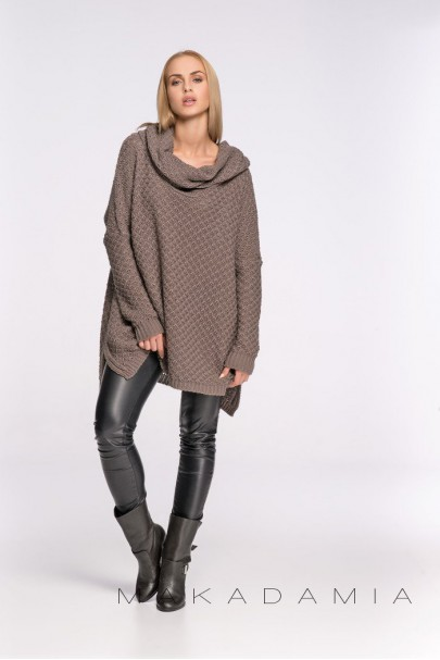 Sweter cappucino z golfem S30