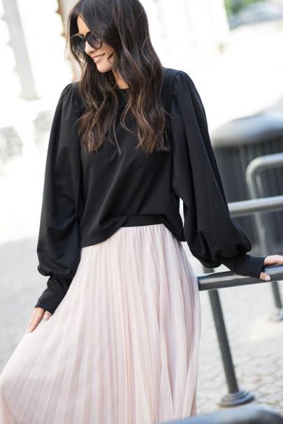 Bluza czarna z szerokimi...