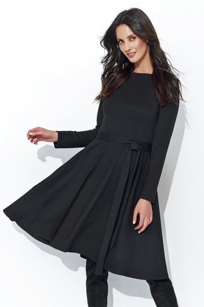 Sukienka czarna z paskiem...