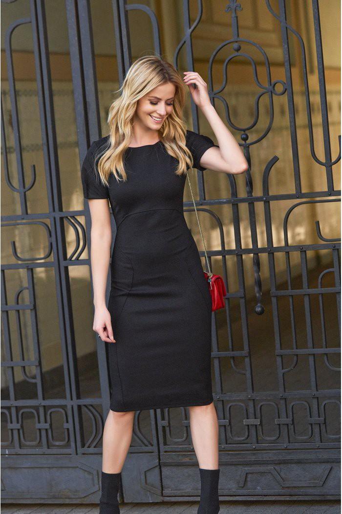 Dopasowana sukienka z krótkim rękawem czarna M445