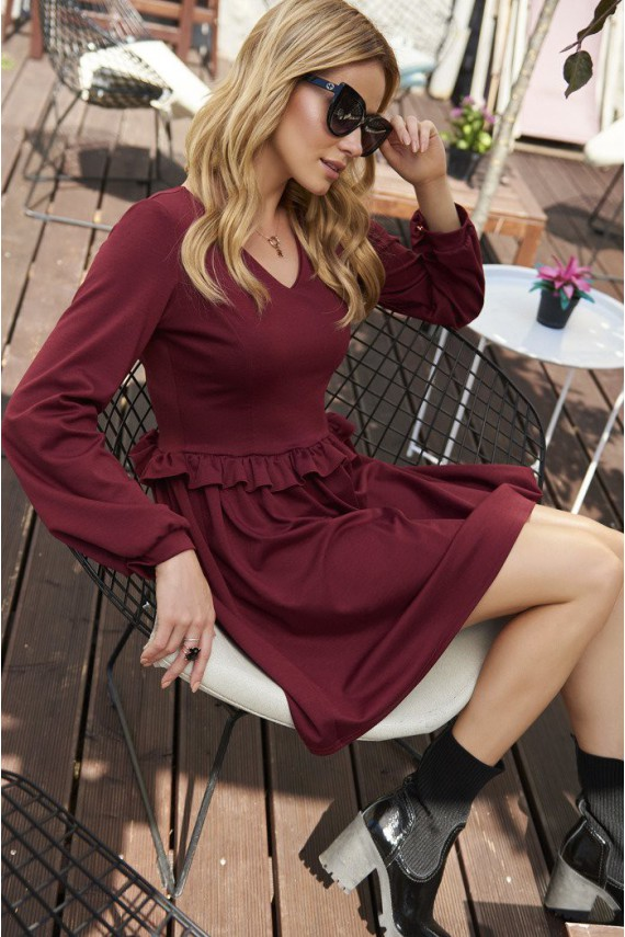 Sukienka bordowa w serek M455
