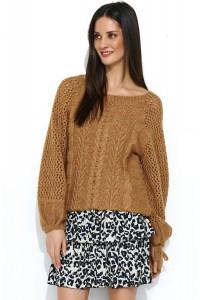 Sweter camelowy z warkoczami NU_S47