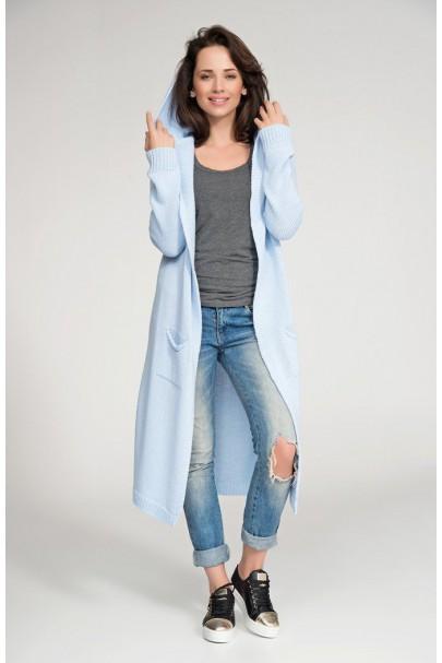 Sweter błękitny z kapturem...