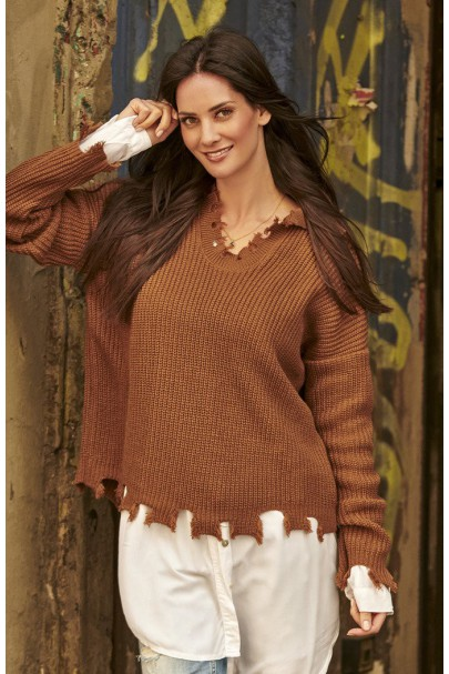 Sweter brązowy z...