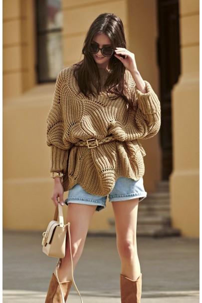 Ażurowy sweter orzechowy...
