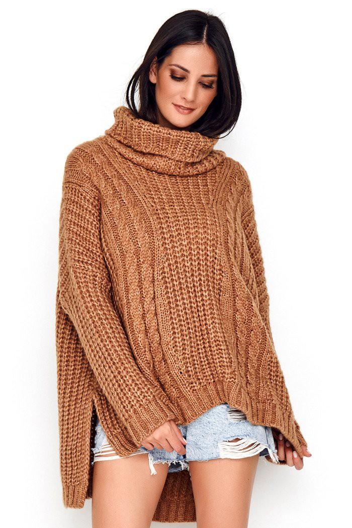 Sweter camelowy z golfem NU_S54