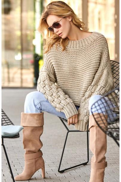 Sweter beżowy z szerokimi...