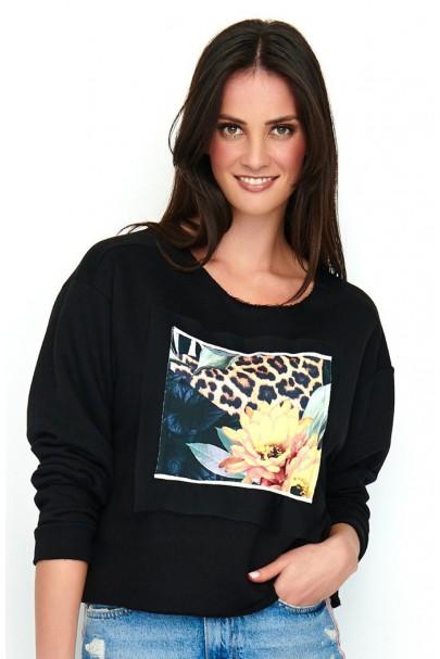 Bluza czarna z printem NU186