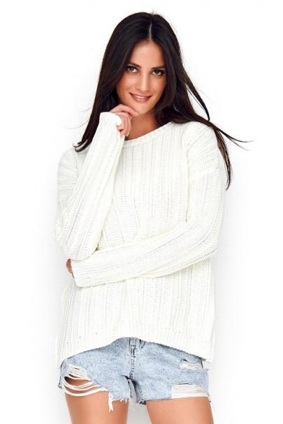 Sweter ecru z warkoczykowym...