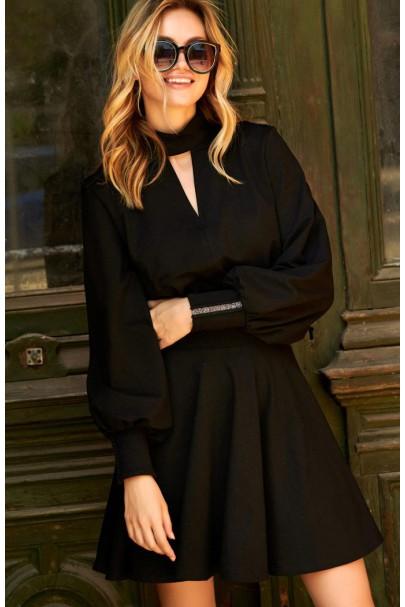 Sukienka czarna ze stójką M502