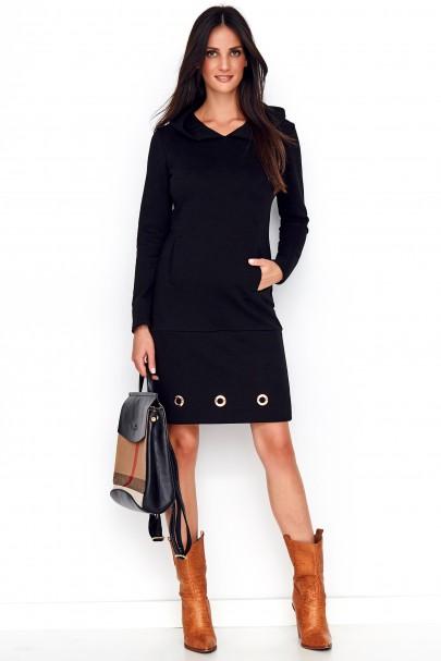 Sukienka czarna z kapturem...