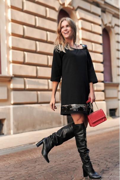 Sukienka z cekinami czarna...