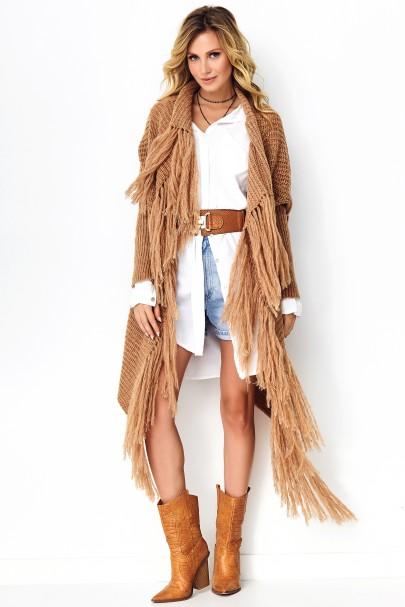 Sweter z frędzlami camelowy...