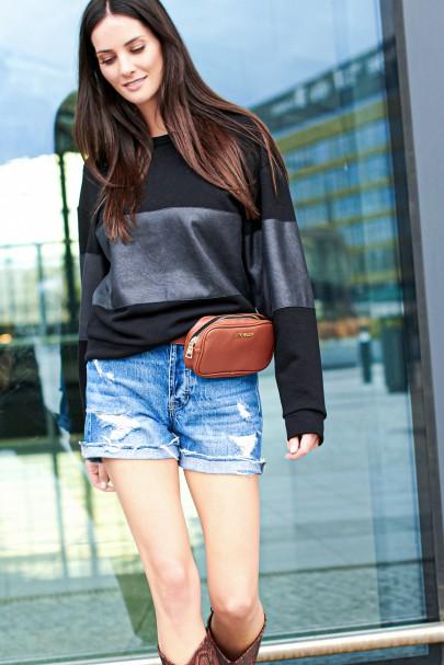 Bluza z eko-skórą czarna NU207